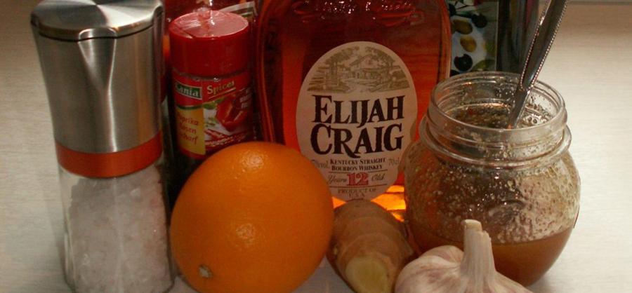 Spareribs mit Bourbon-Orangen-Pfeffer-Sauce
