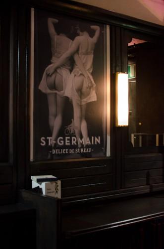 Schwarze-Weiß-Bar: St. Germain Poster