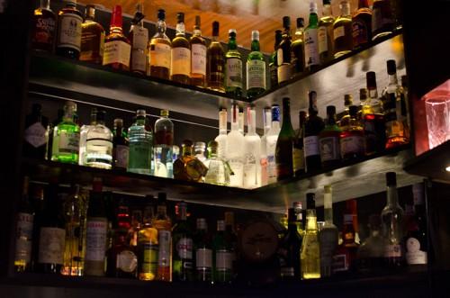 Schwarze-Weiß-Bar: Backboard